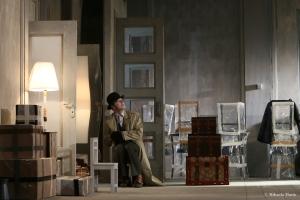 4. Francisco Alfonsin in spectacolul Noul locatar (copyright Mihaela Marin)