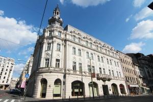 Grand_Hotel_Continental,_Bucharest,_Romania_-_20110903